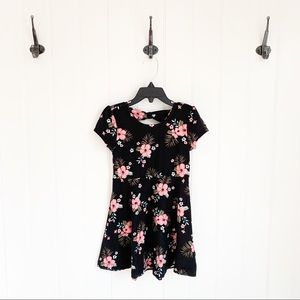 🌸 Epic Threads Black and Pink Floral Dress